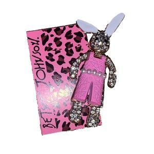 NWT Betsey Johnson bunny rabbit brooch pin